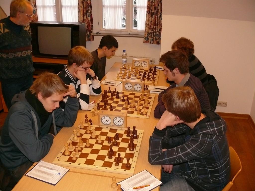 Stefan kämpft derweil um den Titel in der Altersgruppe U 18!